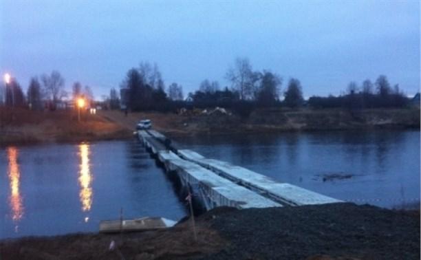 Тульские спасатели установили временный мост в Архангельской области