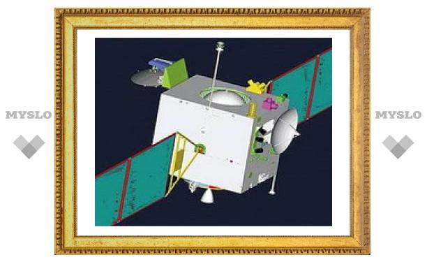 Китайский спутник врезался в Луну