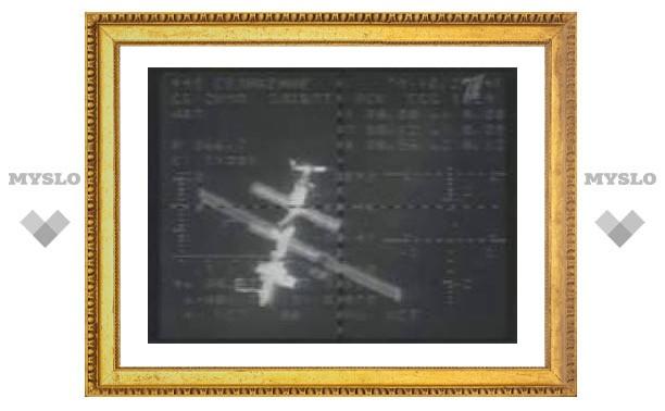 Центр управления полетами скорректировал орбиту МКС