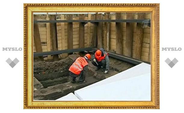 На Триумфальной площади нашли остатки первого в Москве кабаре