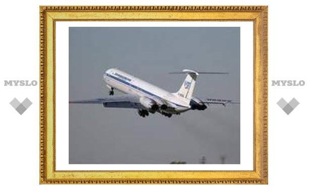 При посадке в хабаровском аэропорту у Ил-62 оторвало блистер