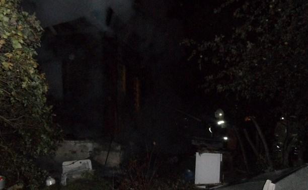 Ночью в Плеханово при пожаре погиб пенсионер