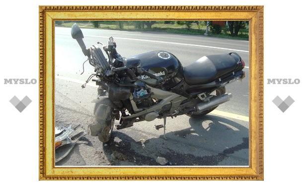 Пьяный на машине сбил двух мотоциклистов