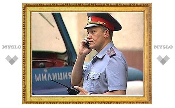 Щекинский хулиган пытался задушить милиционера