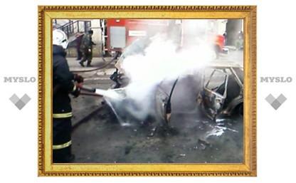 В Ефремове сожгли «девятку»