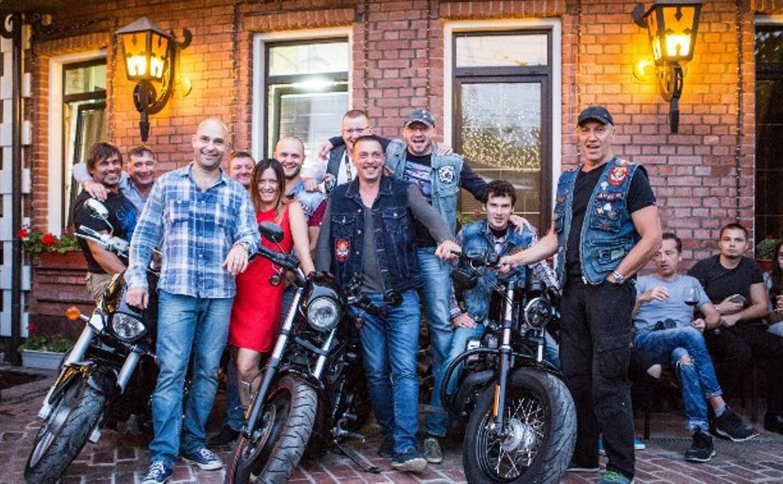 Фестиваль «TRUMPлин»: дворовый джаз, тату и мощные мотоциклы