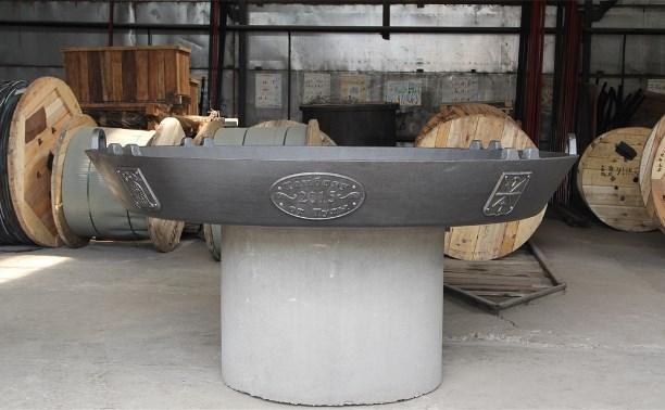 Туляки подарили Тамбову двухметровую сковородку