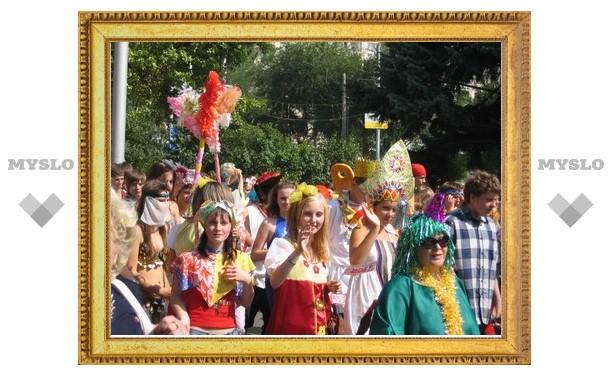 Одоев приглашает туляков на юбилей