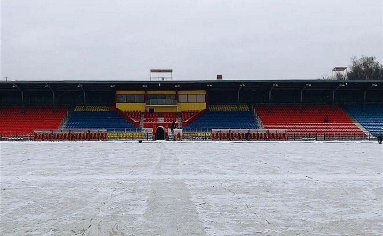 Готово ли футбольное поле Центрального стадиона к матчу «Арсенала» с «Зенитом»?