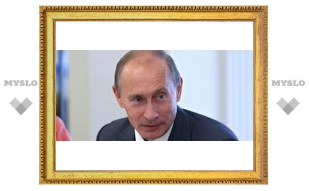 Путина возят на бронемашине