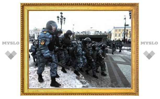 В новогоднюю ночь московских милиционеров оставят без праздника