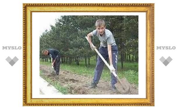 В Туле подростки работают незаконно