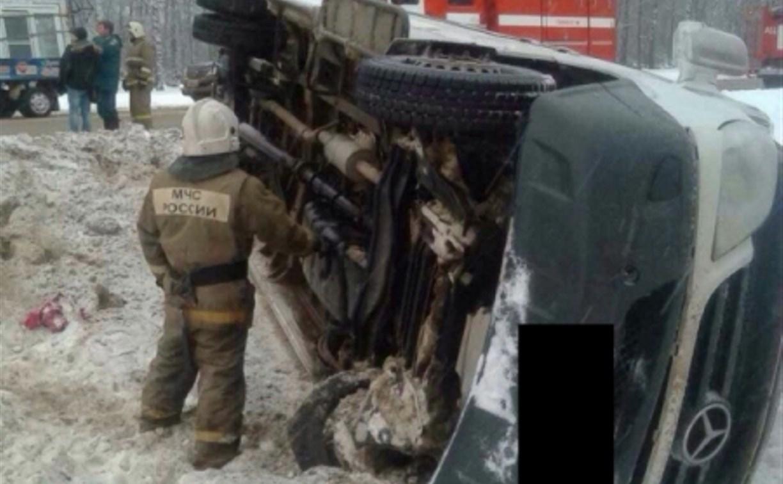 Под Тулой столкнулись «Тойота» и микроавтобус, перевозивший рабочих в Ясногорский район