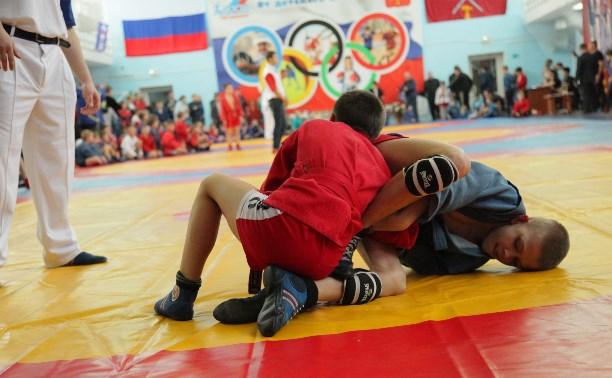 Тульские самбисты оказались вне конкуренции на родном ковре