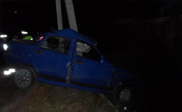 В Суворовском районе водитель врезался в опору ЛЭП
