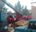 На заводе «Штамп» загорелся цех по производству самоваров