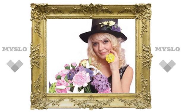 Тулячка «выращивает» чудо-цветы из глины