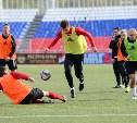 Футболисты «Арсенала» опробовали поле стадиона «Старт» в Саранске