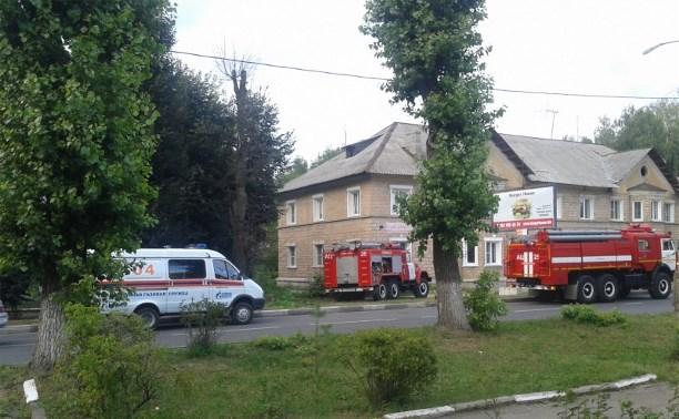 Пожарные Новомосковска спасли ребёнка из горящей квартиры