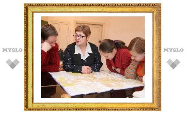 Тулячка написала книгу о русском языке
