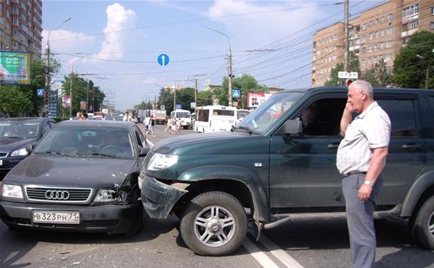 На Зеленстрое «УАЗ Патриот» протаранил «Ауди»