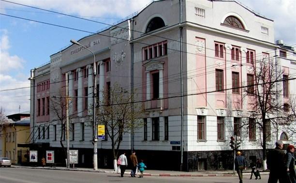 Остановка «Толстовская застава» может стать «Филармонией»