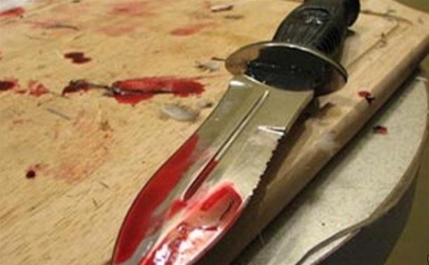 В Кимовском районе пьяная женщина напала с ножом на своего знакомого