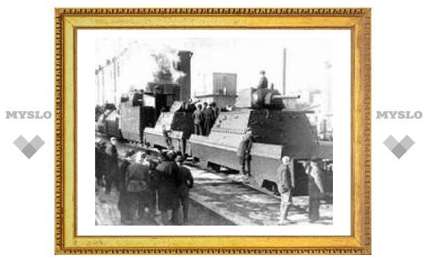 Жириновский приезжает в Тулу на поезде