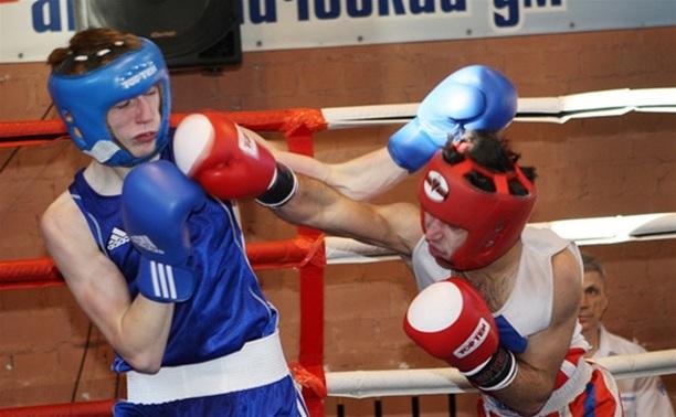 Боксеры тульской спортшколы «Восток» отличились на ринге Обояни