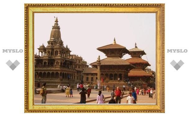Коммунисты Непала требуют признать свою страну родиной Будды