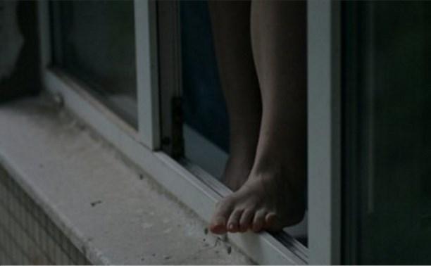 На Красноармейском проспекте женщина выпала из окна 9 этажа