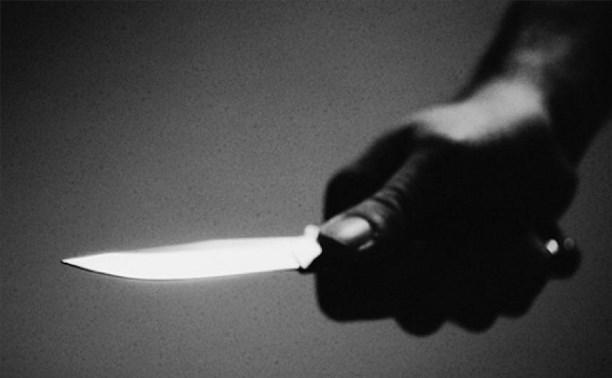 В Пролетарском районе мужчина тяжело ранил свою пожилую мать