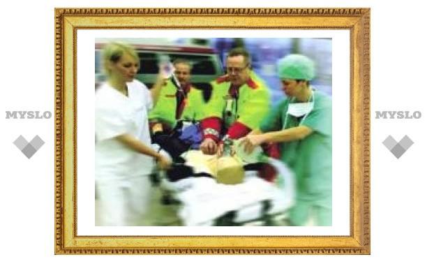 Тульские медики оперируют атырауских детей