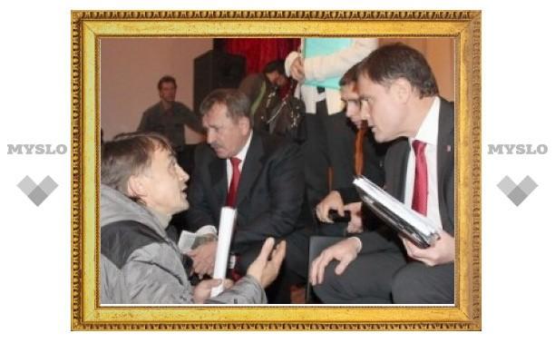 Владимир Груздев посетит Арсеньевский район и поселок Славный