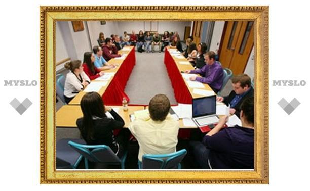 Студенты тульских вузов проходят практику в правительстве