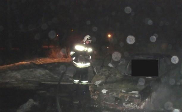 В Туле в автомобиле сгорел человек
