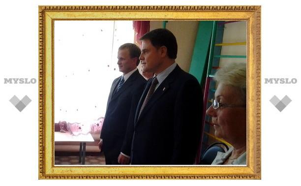 В Тульской области дошколята показали танец для Владимира Груздева