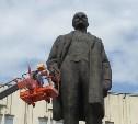 В Туле отмыли памятник Ленину