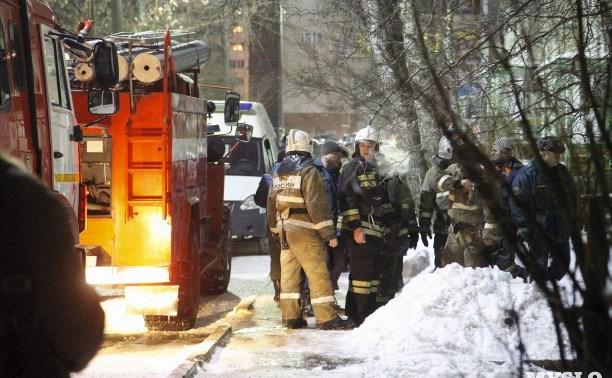 В отношении туляка, устроившего пожар и поножовщину на улице Демидовской, возбуждено два уголовных дела