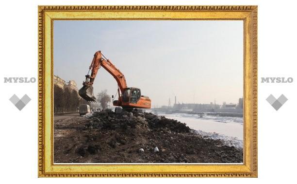 В Туле расчищают берега Упы и Воронки