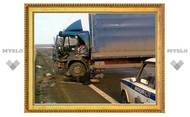 Водитель фуры был в сантиметрах от гибели