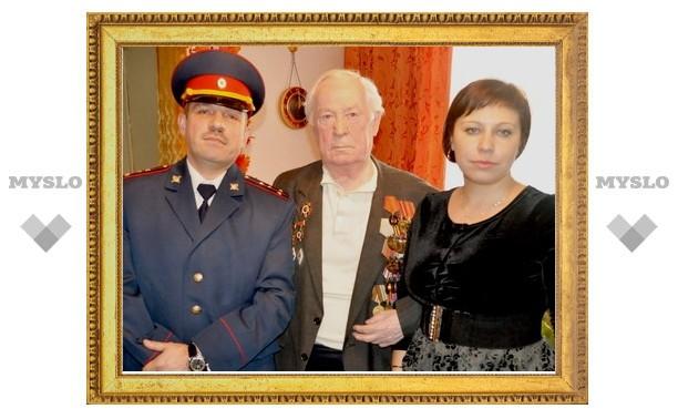 УФМС поздравил ветеранов милиции