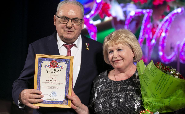Туламашзавод поздравил женщин с 8 Марта