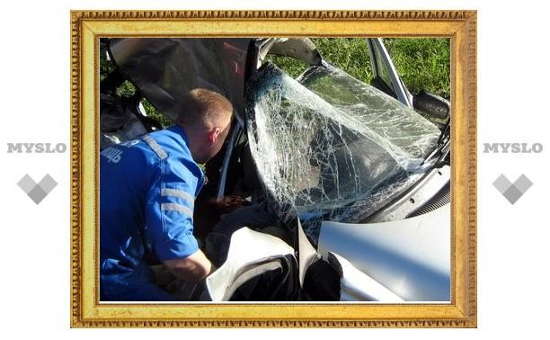 В ДТП под Тулой погибла женщина-водитель