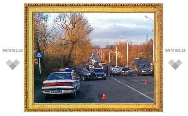 На въезде в Тулу произошла серьезная авария