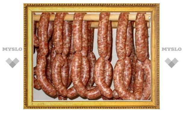 В Тульской области колбасу делали нелегалы