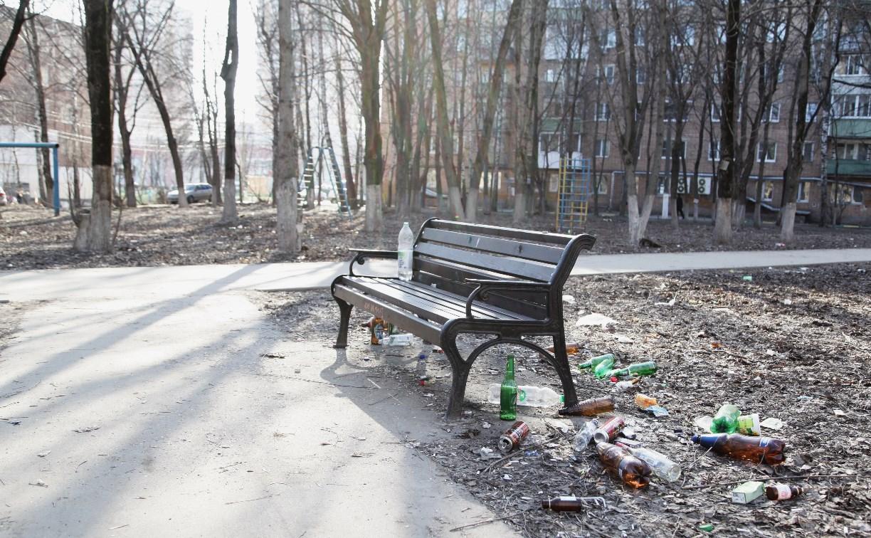 Новый сквер на проспекте Ленина в Туле превратился в свалку