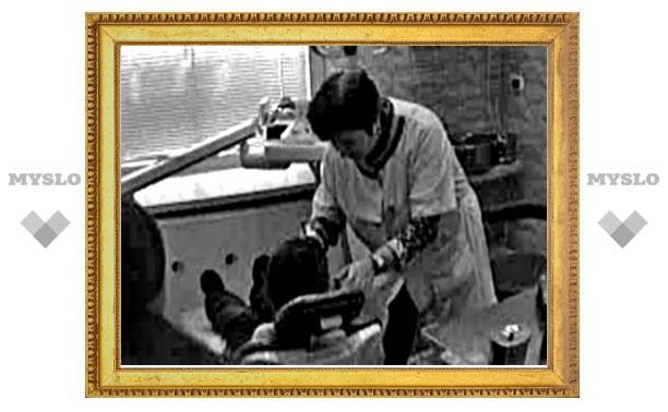 На вырвавшую ребенку здоровый зуб уборщицу заведено уголовное дело