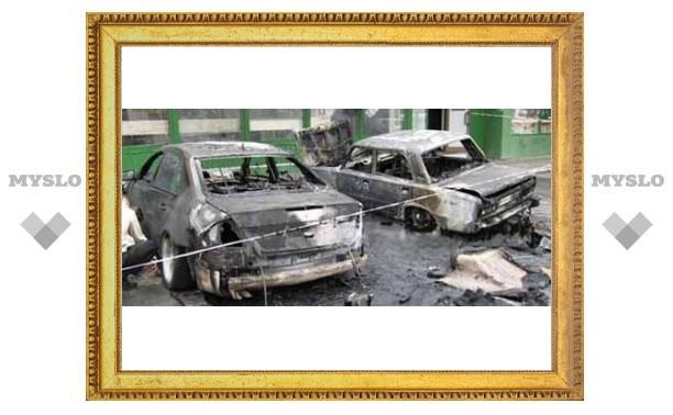 Туляки стали поджигать машины