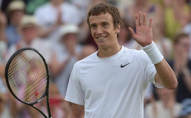 Тульский теннисист Андрей Кузнецов стартовал с победы на турнире в Барселоне